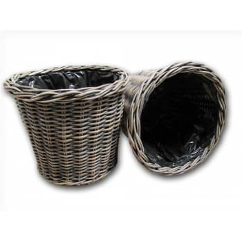 Win a set of 2 matching Exbury Wicker Plant Pots worth £68