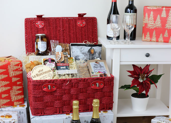 Red Lidded Hamper Basket