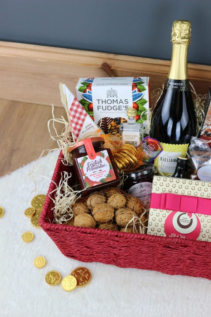 Red Rope Hamper Basket Tray