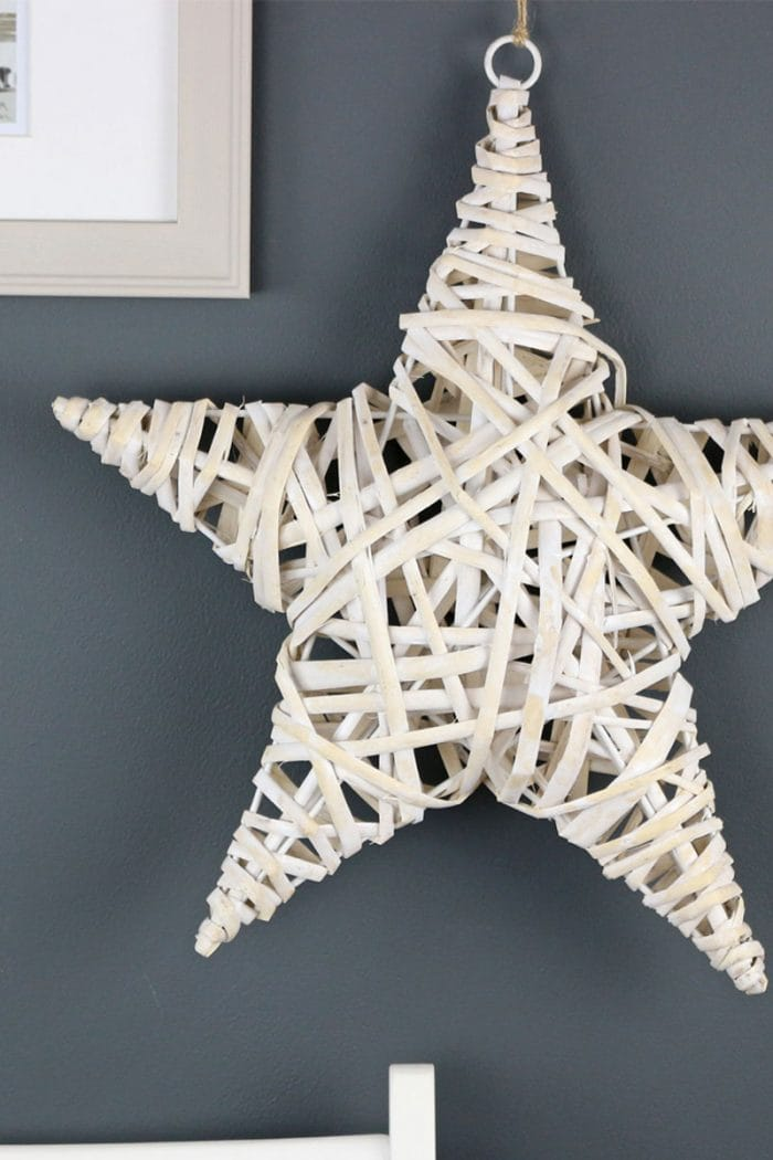 White Wash Wicker Star Wreath