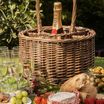 How to pull of a perfect picnic at home | The Basket Company