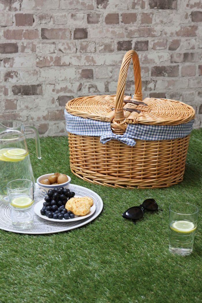 Oval Lidded Picnic Basket Blue Check